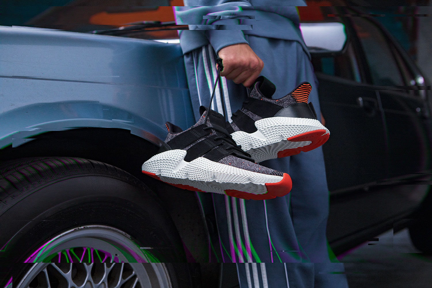 +H21020_Originals_Prophere_SS18_KEY_December-Look01_CQ3022_Foundation_off_Foot